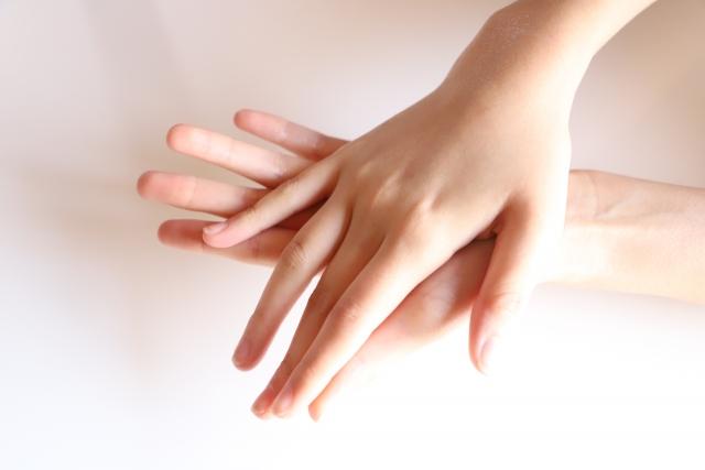 爪専用!クリーム・オイルおすすめ商品|ジェルネイルで傷んだ爪に!