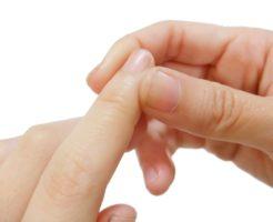 ささくれができる原因と美しい指先になれる改善・予防法!
